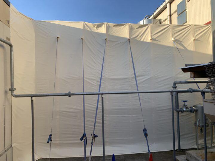 張替後 全体 「屋根部分」と「側面部分」を切り分けずに、全体を一枚物として製作